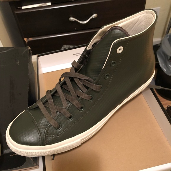 Converse Shoes   Chuck Taylor With Nike
